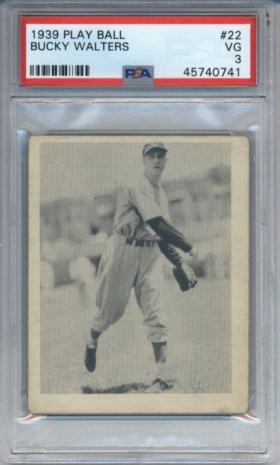 1939 Play Ball #22 Bucky Walters PSA 3